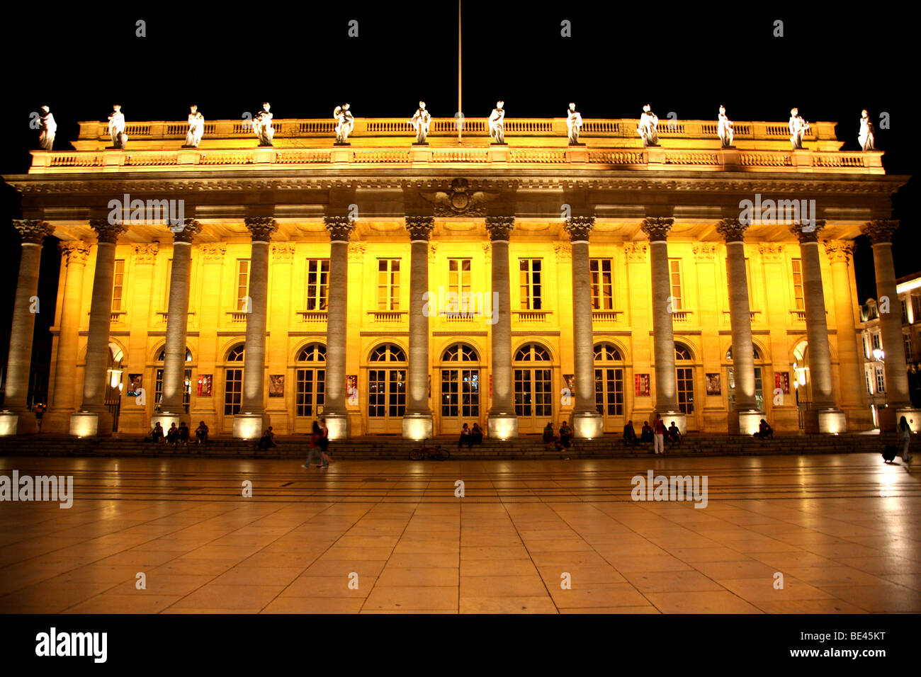 Grand Teatre in Bordeaux, France at night - Stock Image
