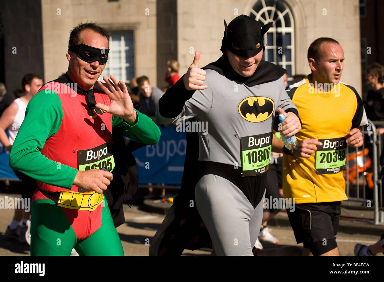 Men in Robin (left of image) and Batman (centre) costumes participate in the 2009 Bupa Great North Run.  sc 1 st  Alamy & Men in Robin (left of image) and Batman (centre) costumes ...