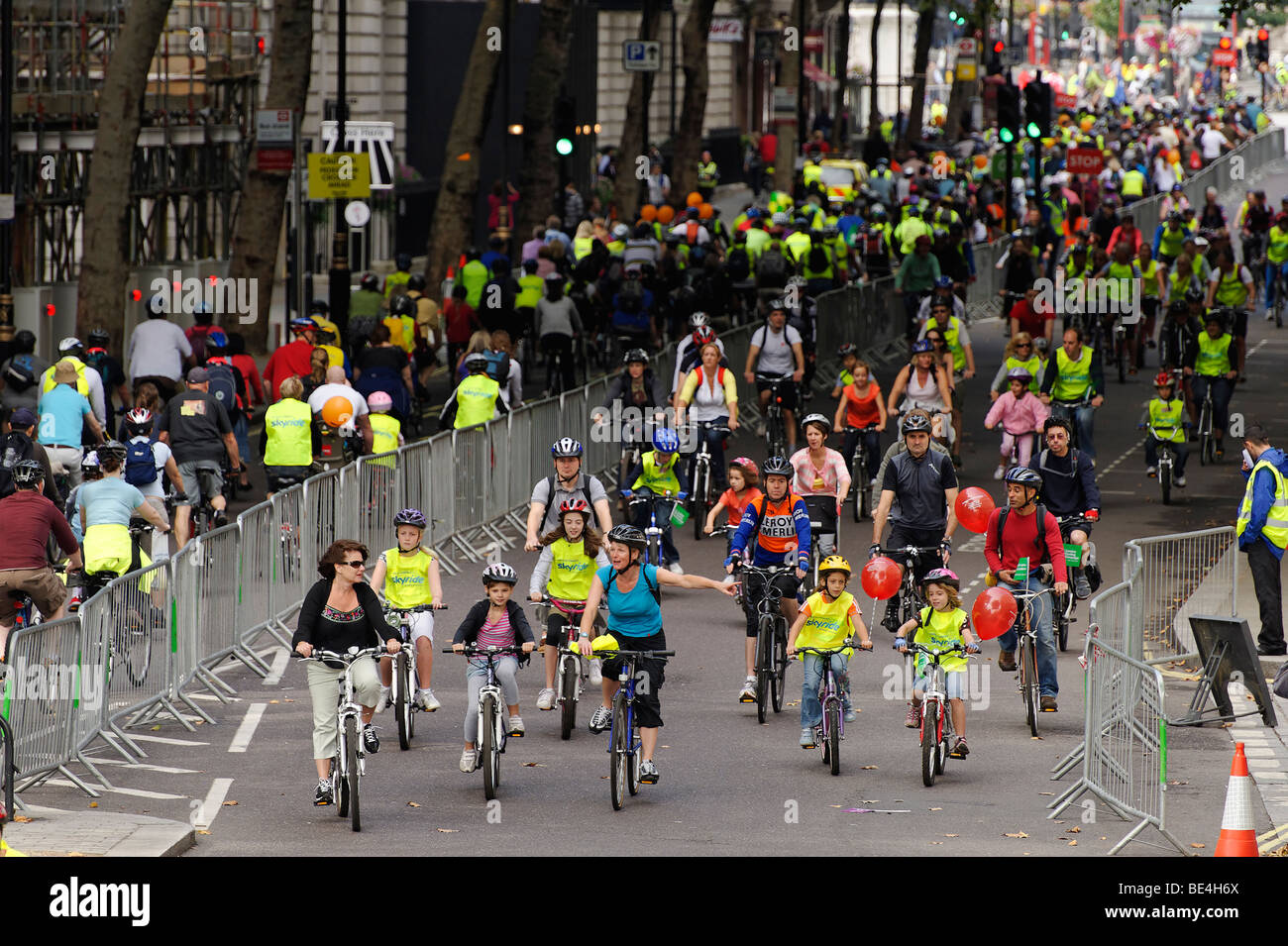 Participants in the Mayor of London's Skyride. London 2009 - Stock Image