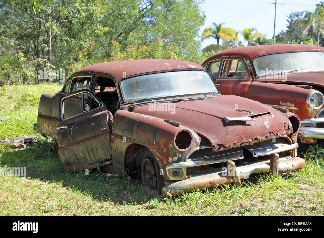 Rusted old cars in a grassy field Hudson vintage car Hudson Super ...
