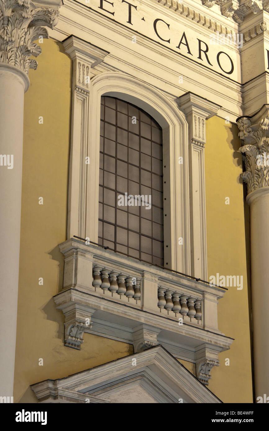 Rome, Italy. Detail (finestrone) of the façade of the church San Carlo al Corso (rectius Santi Ambrogio e Carlo - Stock Image