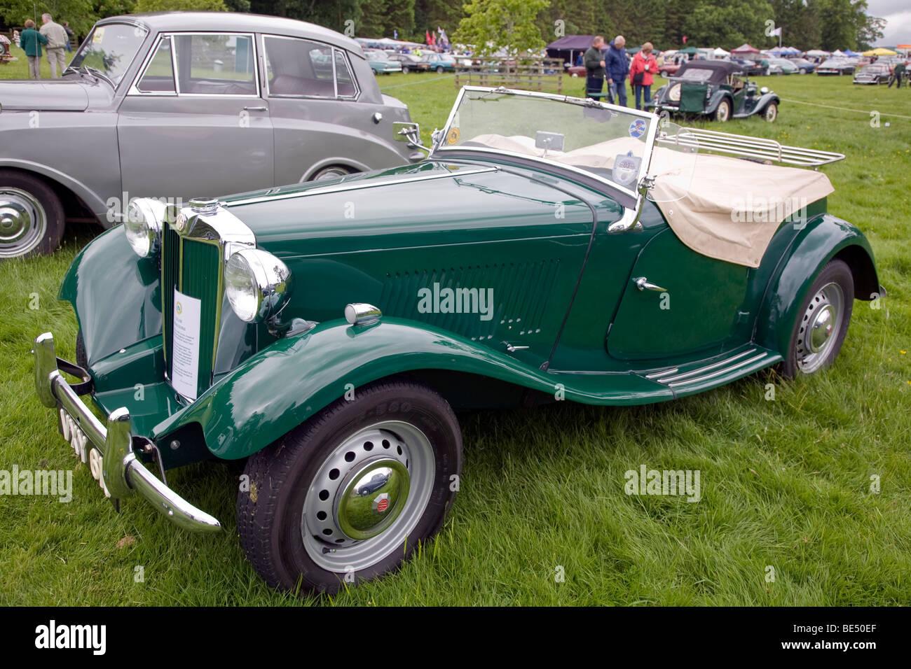 1952 MG TD MkII at Scottish Borders Historic Motoring Extravaganza 2009 - Stock Image