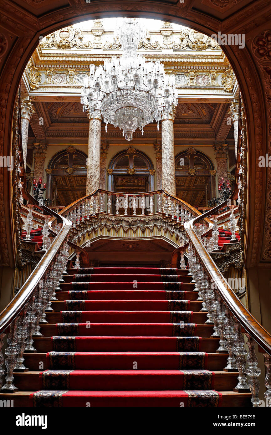 Crystal staircase, Dolmabahce Palace, Sultan's palace from the 19th Century, Besiktas, Istanbul, Turkey - Stock Image