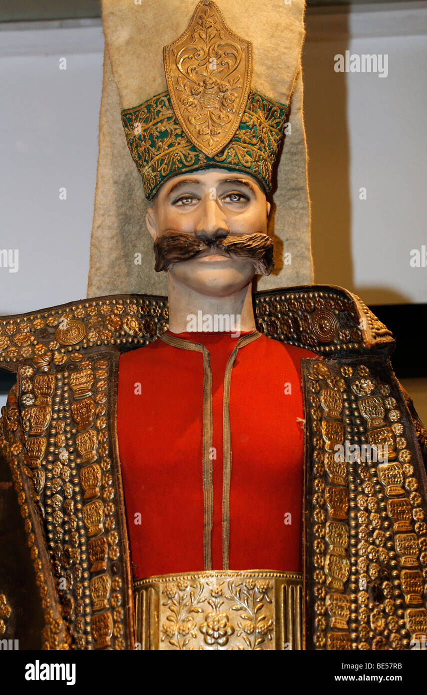 Manikin with magnificent Janitscharen clothing, Military Museum, Askeri Mues, Osmanbey, Istanbul, Turkey - Stock Image