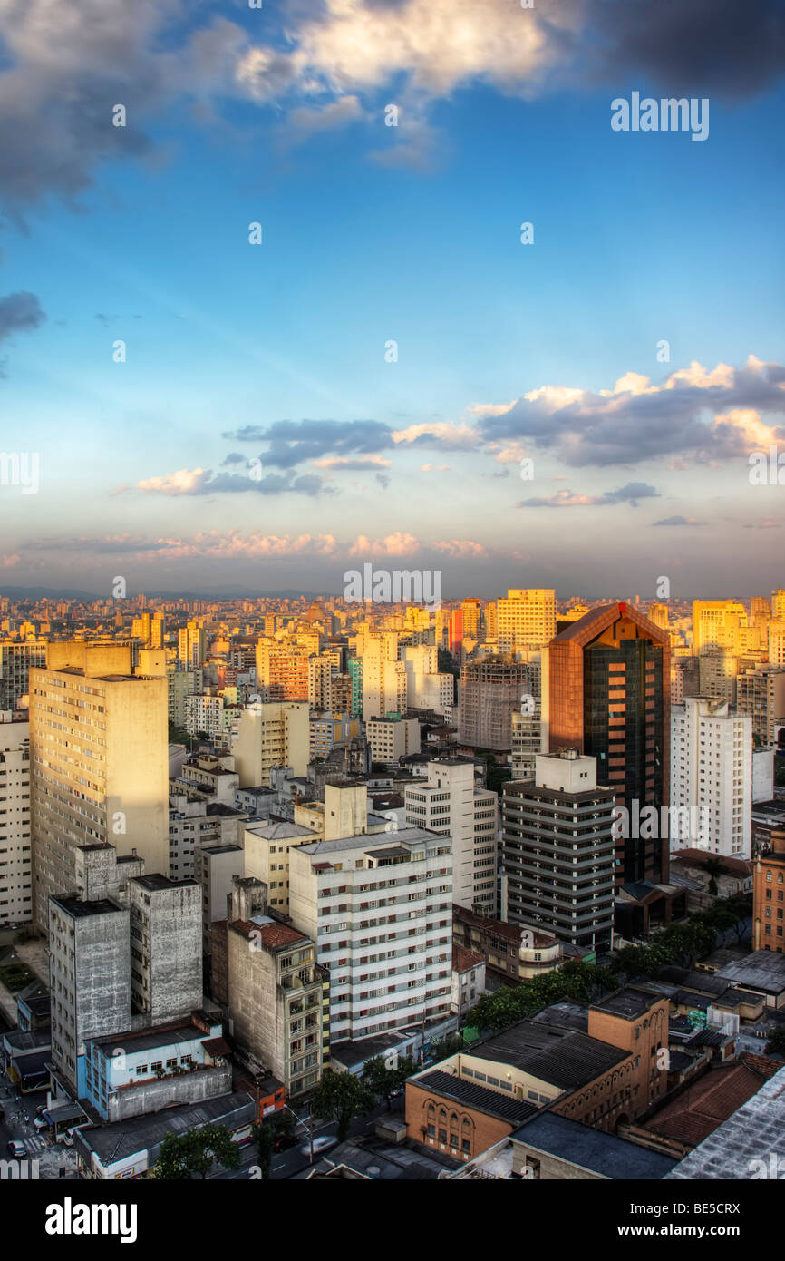 Twilight in the city of Sao Paulo Brazil - Stock Image