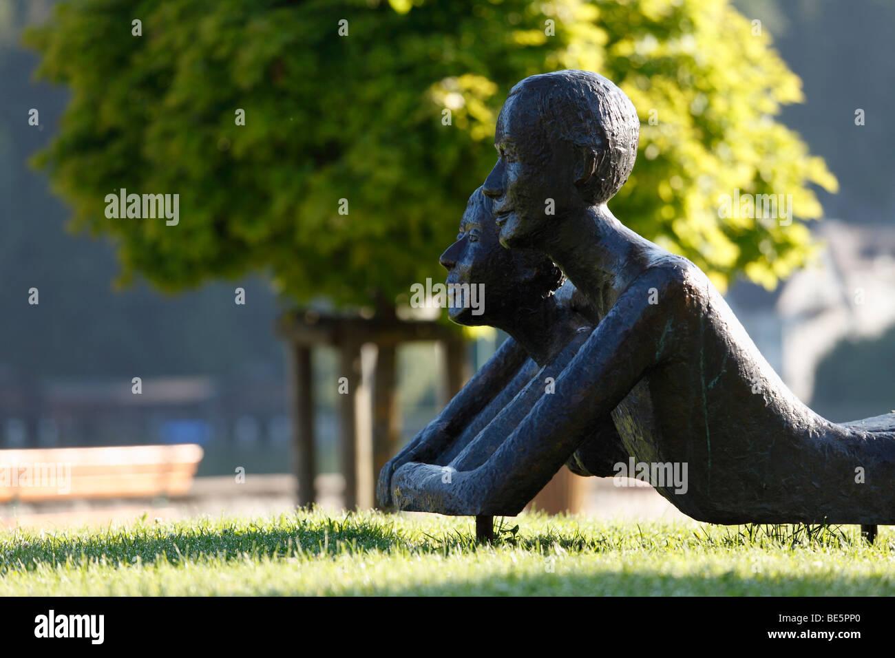 Bronze sculpture in Strobl, Wolfgangsee Lake, Salzkammergut area, Upper Austria, Austria, Europe - Stock Image
