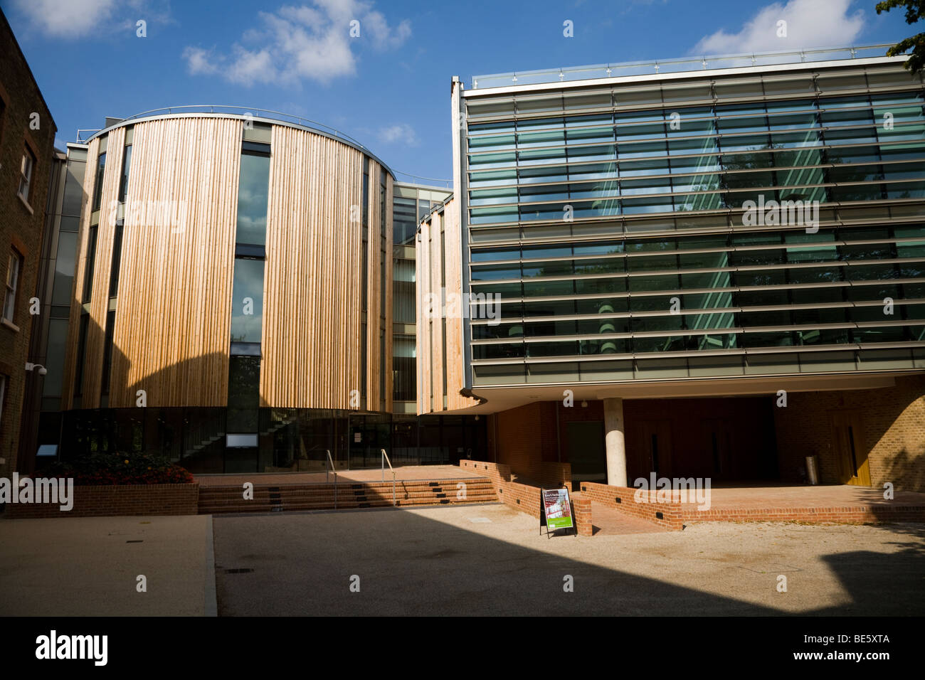Herbarium & Library reading / library room (round building)  – E Wing extension (right) – Kew Royal Botanic - Stock Image