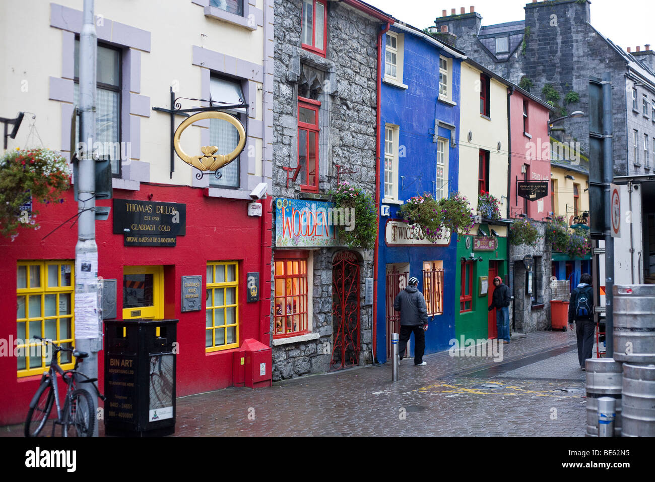 Colourful Galway Shops. A row of colourfully painted shops in Galway City.  Including Thomas Dillon the Claddash Stock Photo