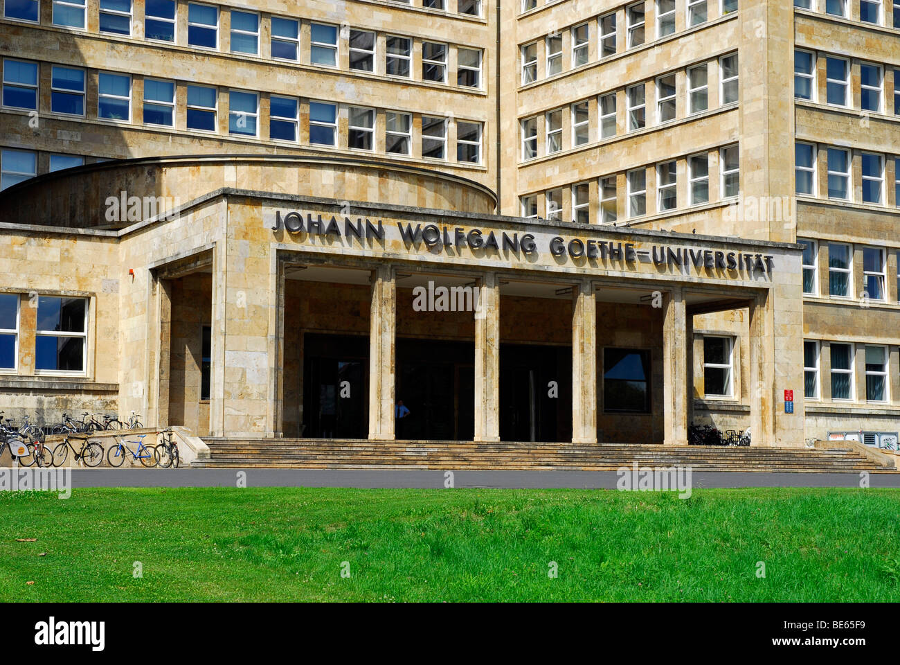 Main entrance in neo-classicistic style, Goethe-Universitaet, Campus Westend, a former IG Farben building by architect Stock Photo