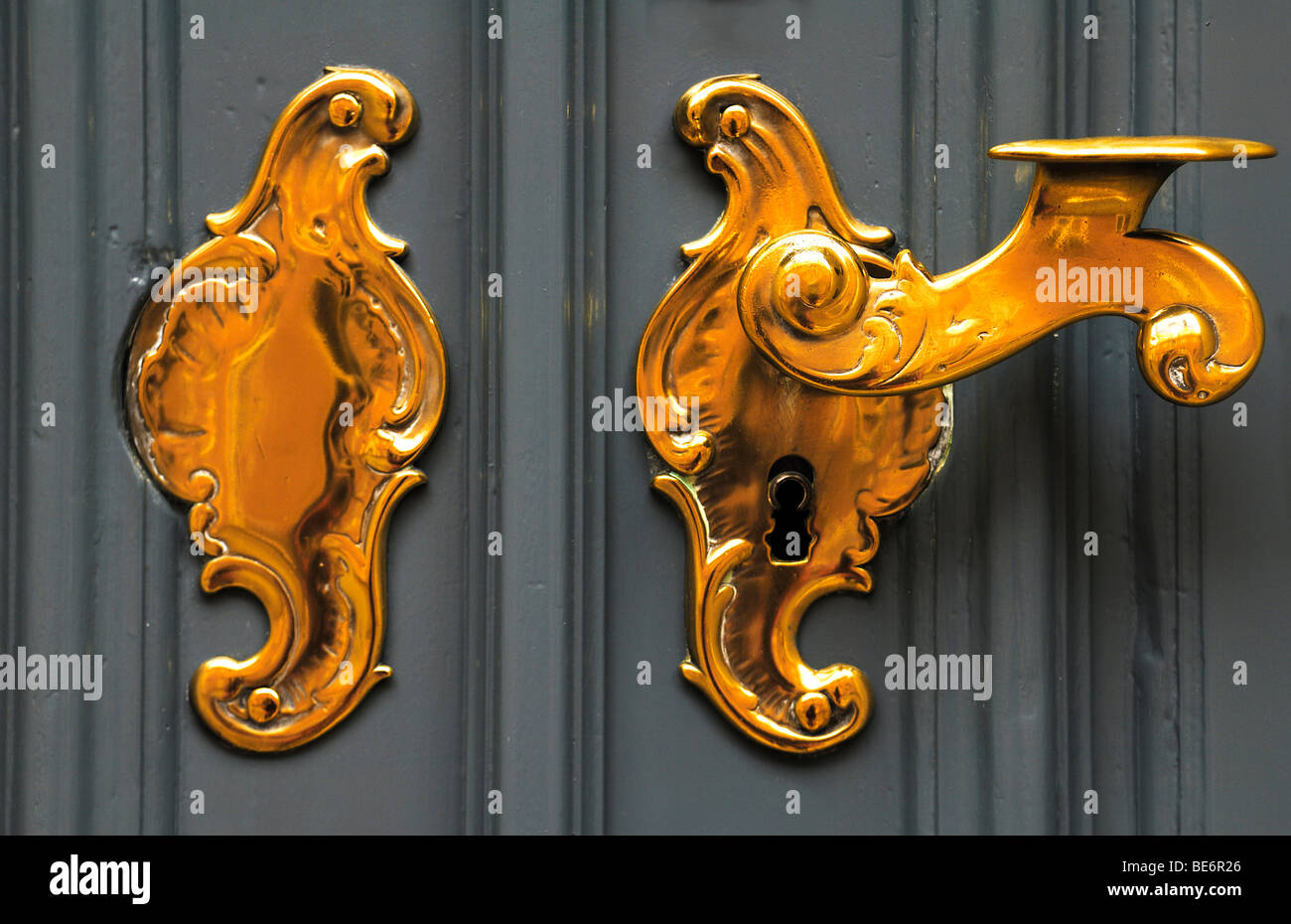 Old Decorative Brass Door Handle, Lueneburg, Lower Saxony, Germany, Europe