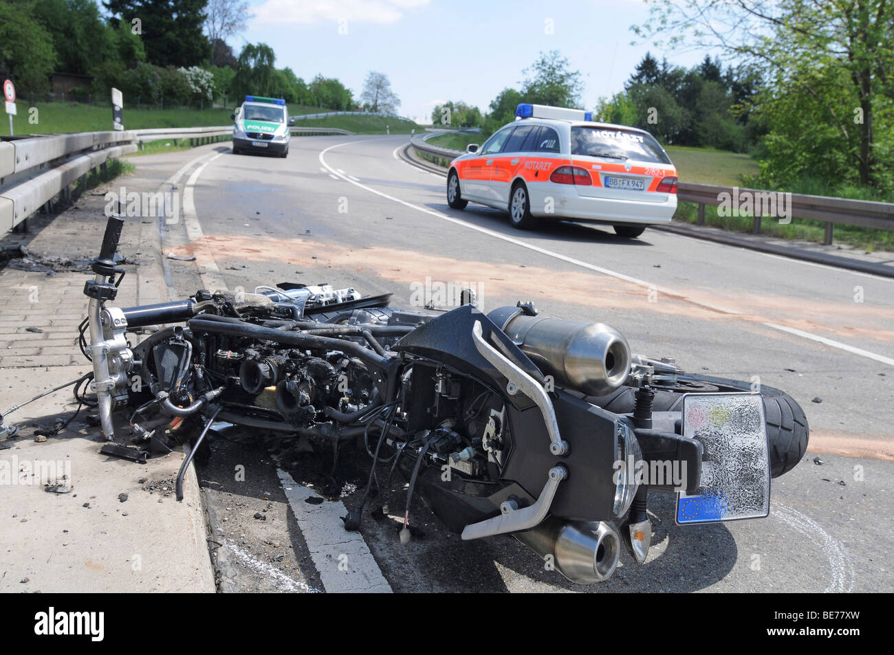 Motorcycle gutted by fire, fatal motorcycle accident on the K 1059 Hoefingen between Hoefingen and Gebersheim, the - Stock Image