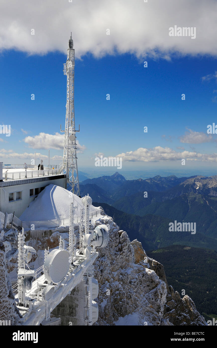 Antenna tower, transmitters and measuring instruments in the Austrian part of Zugspitze Mountain, district of Reutte, - Stock Image