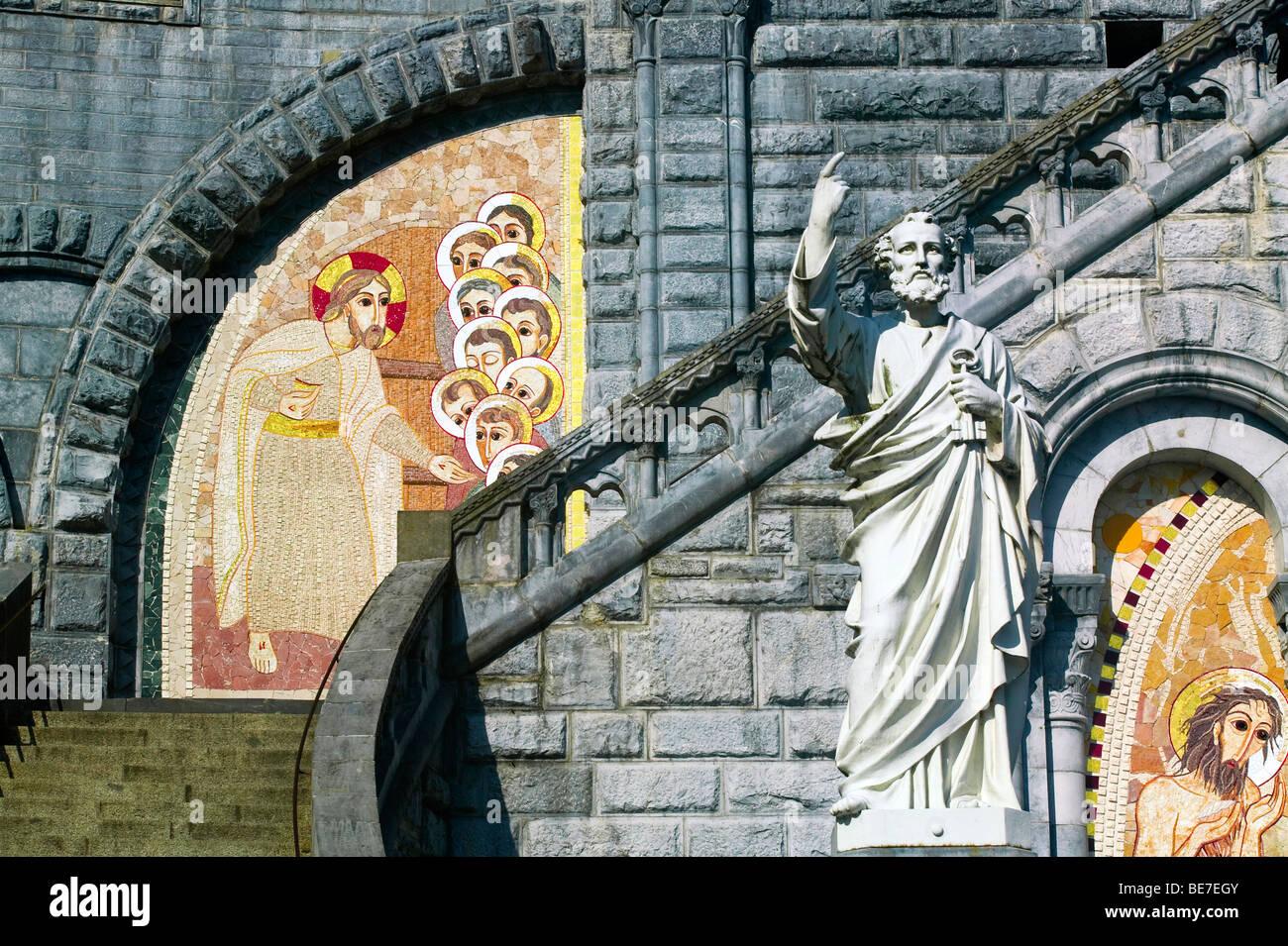 SANCTUARY OF LOURDES, HAUTE GARONNE, FRANCE - Stock Image