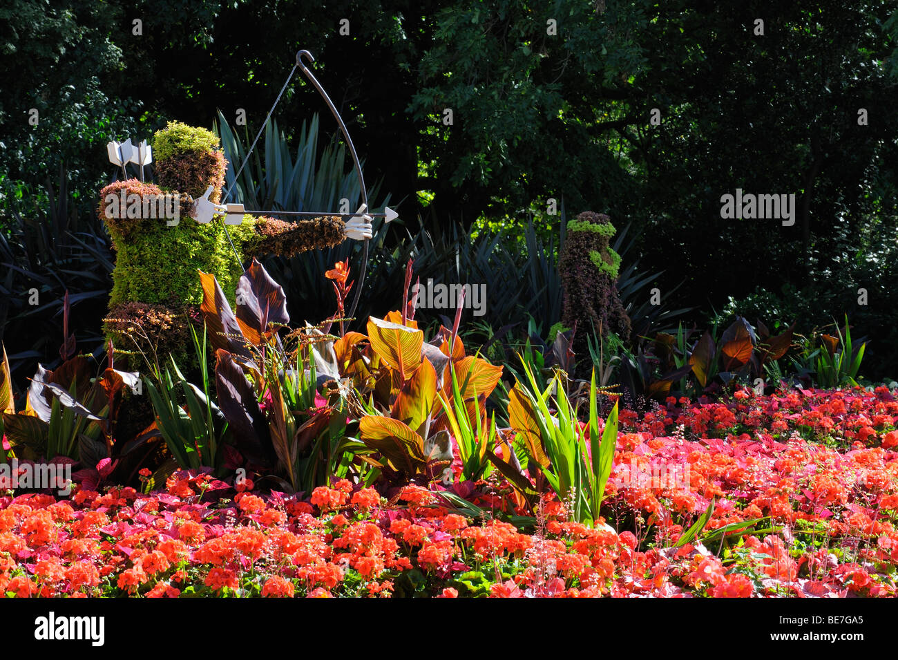 A Robin Hood flower display in the grounds of Nottingham Castle, Nottingham, England - Stock Image