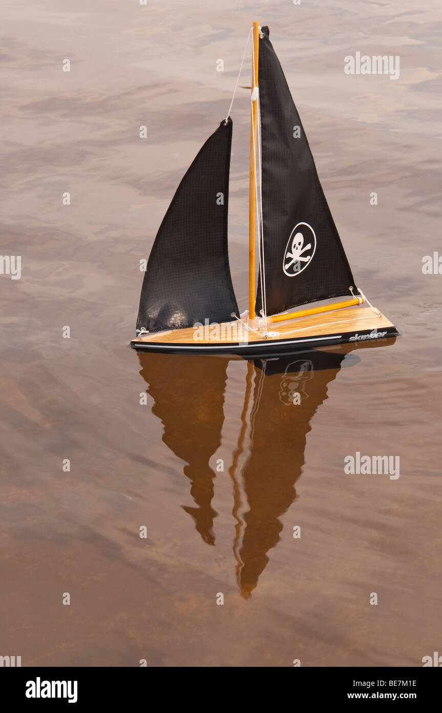 Toy Boats Stock Photos & Toy Boats Stock Images - Alamy