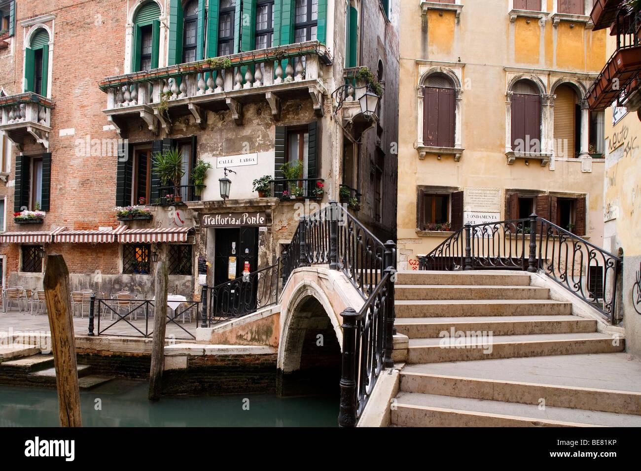 Trattoria al Ponte at the Calle Larga, Venice, Italy, Europe - Stock Image