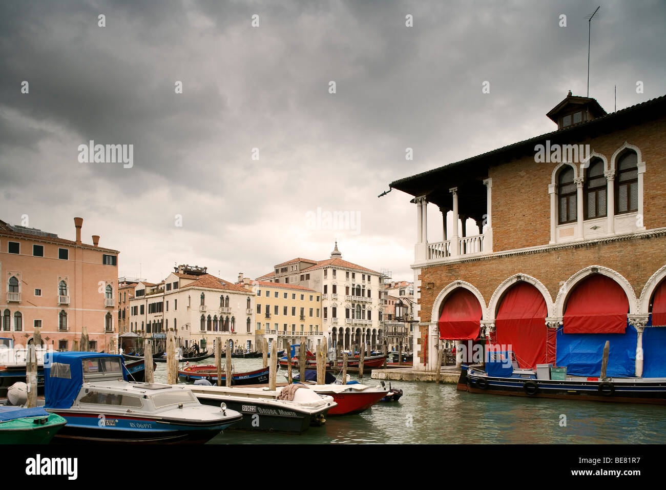 Canal Grande with Mercato del Pesce on the right, Fish market, Venice, Italy, Europe Stock Photo