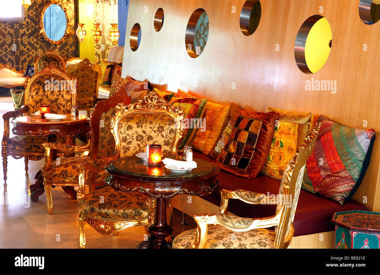 Tropical Chevrolet Miami Florida >> Miami Beach Club Stock Photos & Miami Beach Club Stock Images - Alamy
