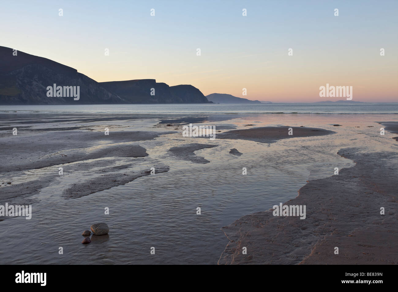 The beach at Keel Strand on Achill Island. - Stock Image