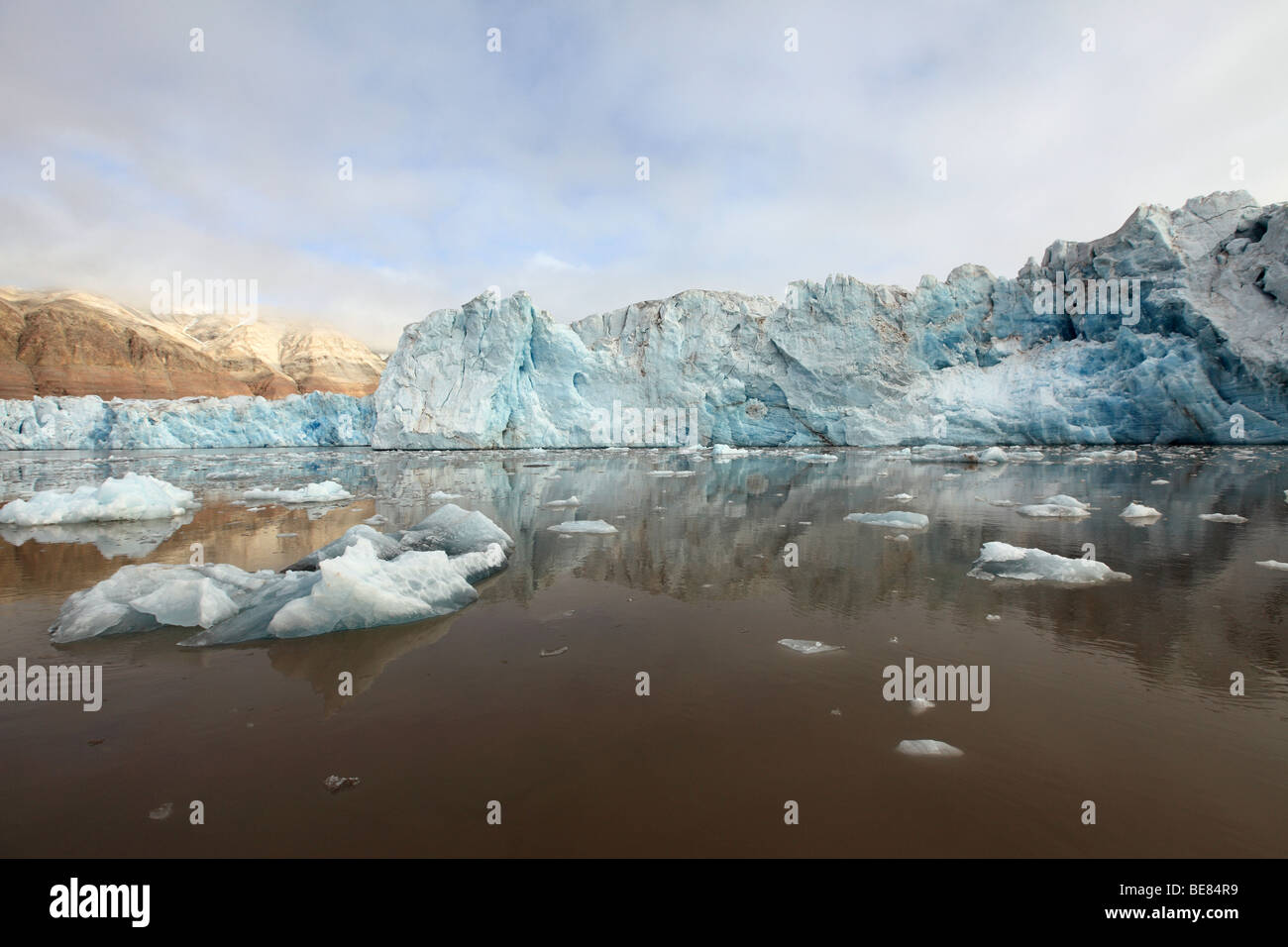 Arctic Glacier Ice Melting in Svalbard KongsFjorden - Stock Image