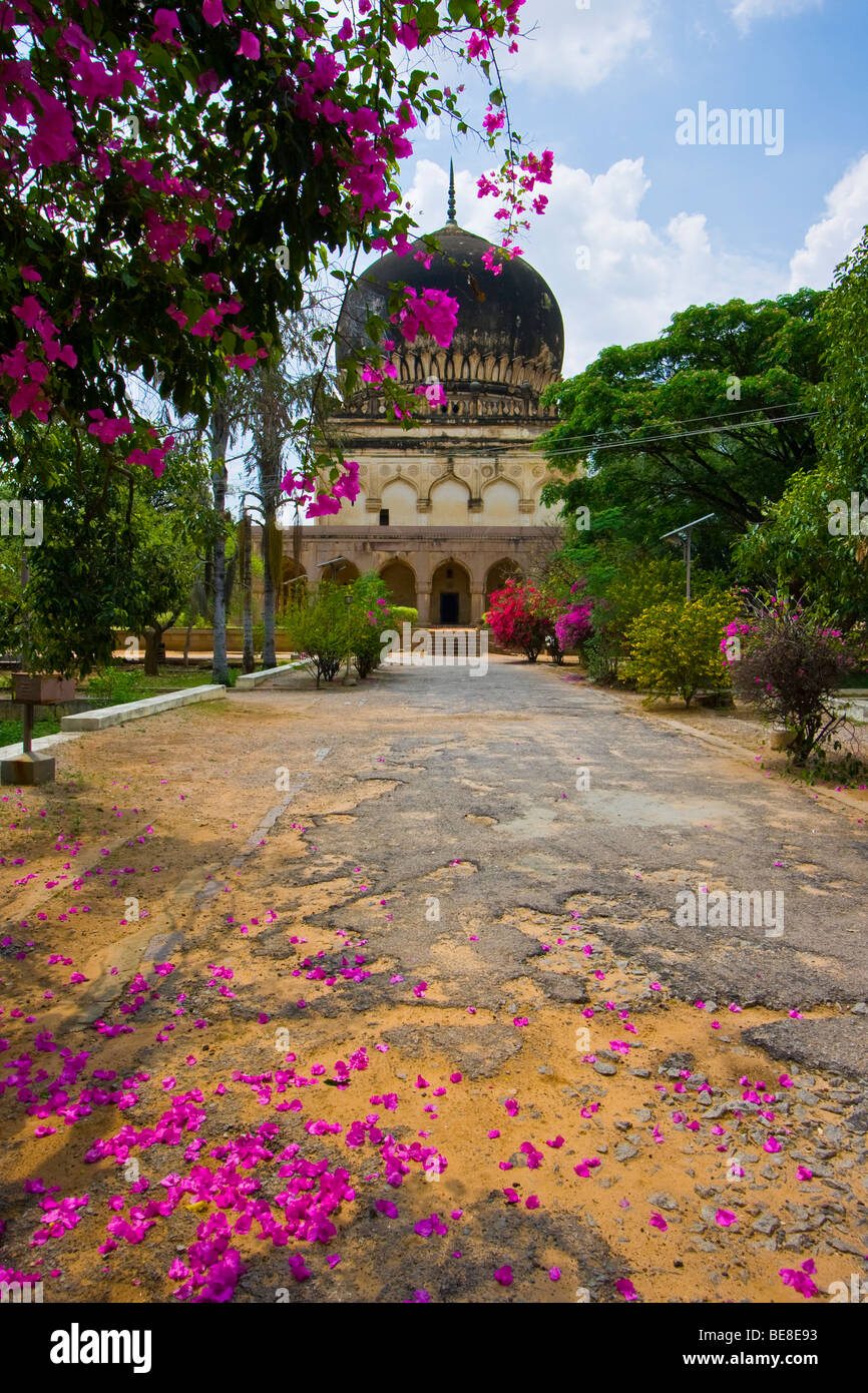 Sultan Mohammed Qutb Tomb at the Qutb Shahi Tombs in Golconda in Hyderabad India - Stock Image