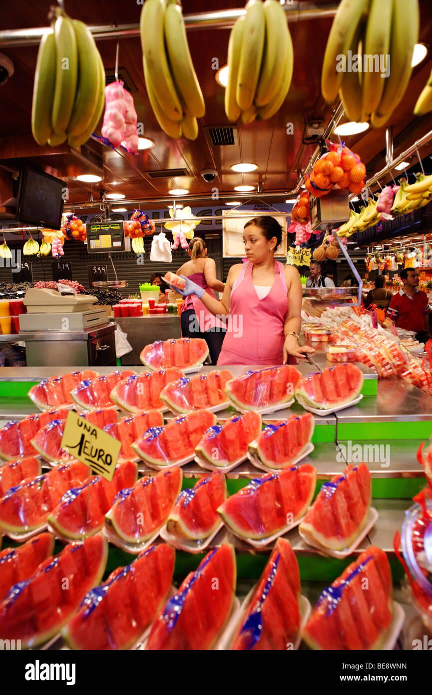 Fruit stall. Mercat de Sant Josep, La Boqueria. Barcelona. Spain - Stock Image