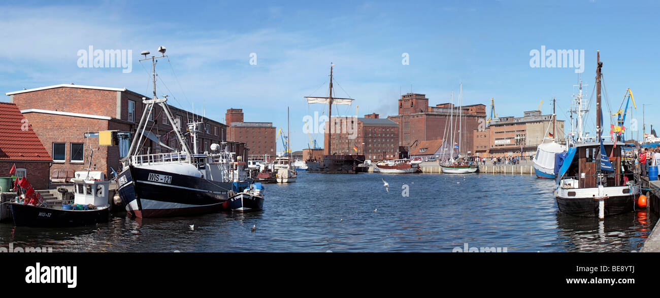 Panoramic view, port of Wismar, UNESCO World Heritage Site, Mecklenburg-Western Pomerania, Germany, Europe - Stock Image