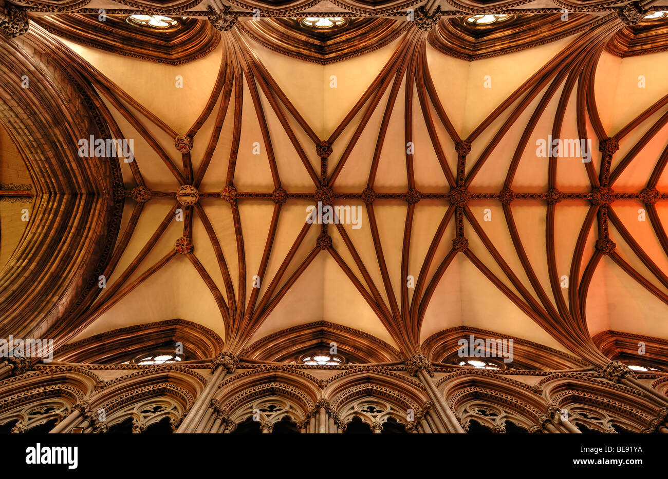 Gothic cross vaults in Lichfield Cathedral, Decorated Style, English Gothic, 1256-1340, The Close, Lichfield, England, Stock Photo