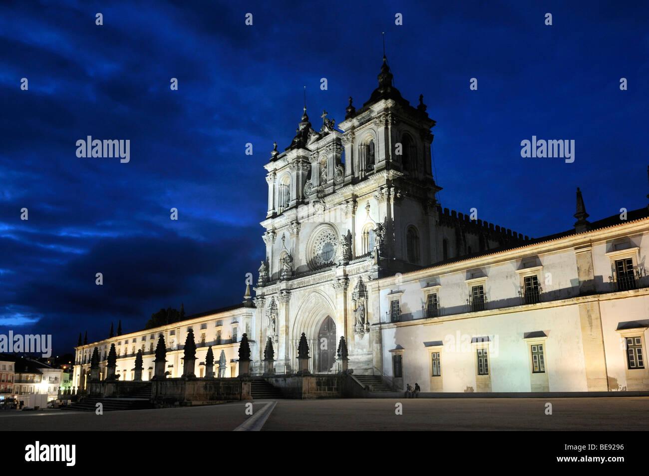 Church and monastery of Santa Maria in Alcobaça, Mosteiro de Santa Maria de Alcobaça at night, UNESCO - Stock Image