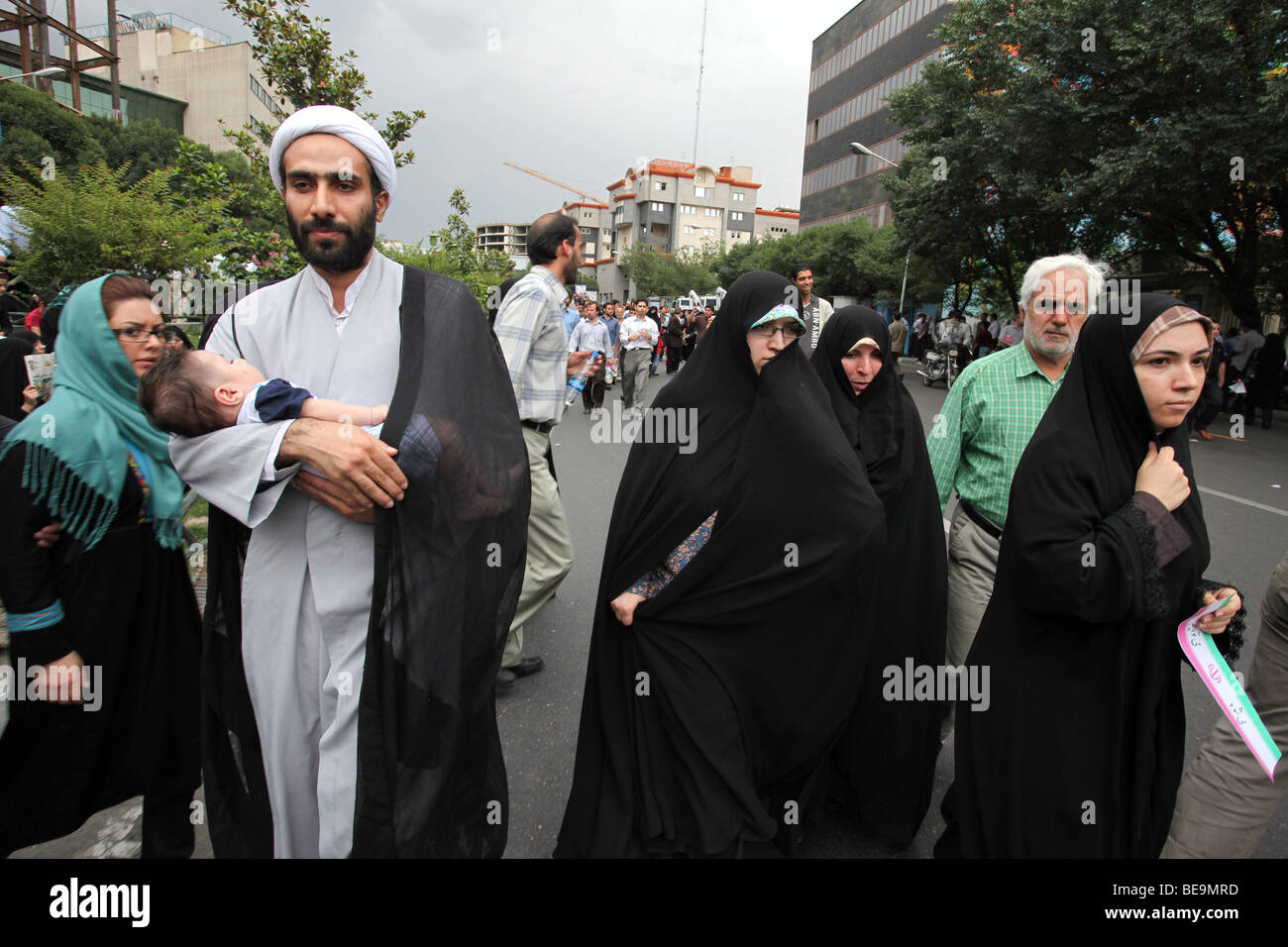 Iran, Teheran: Demonstration of supporters of Iranian President Mahmoud Ahmadinejad (2009/06/14) - Stock Image