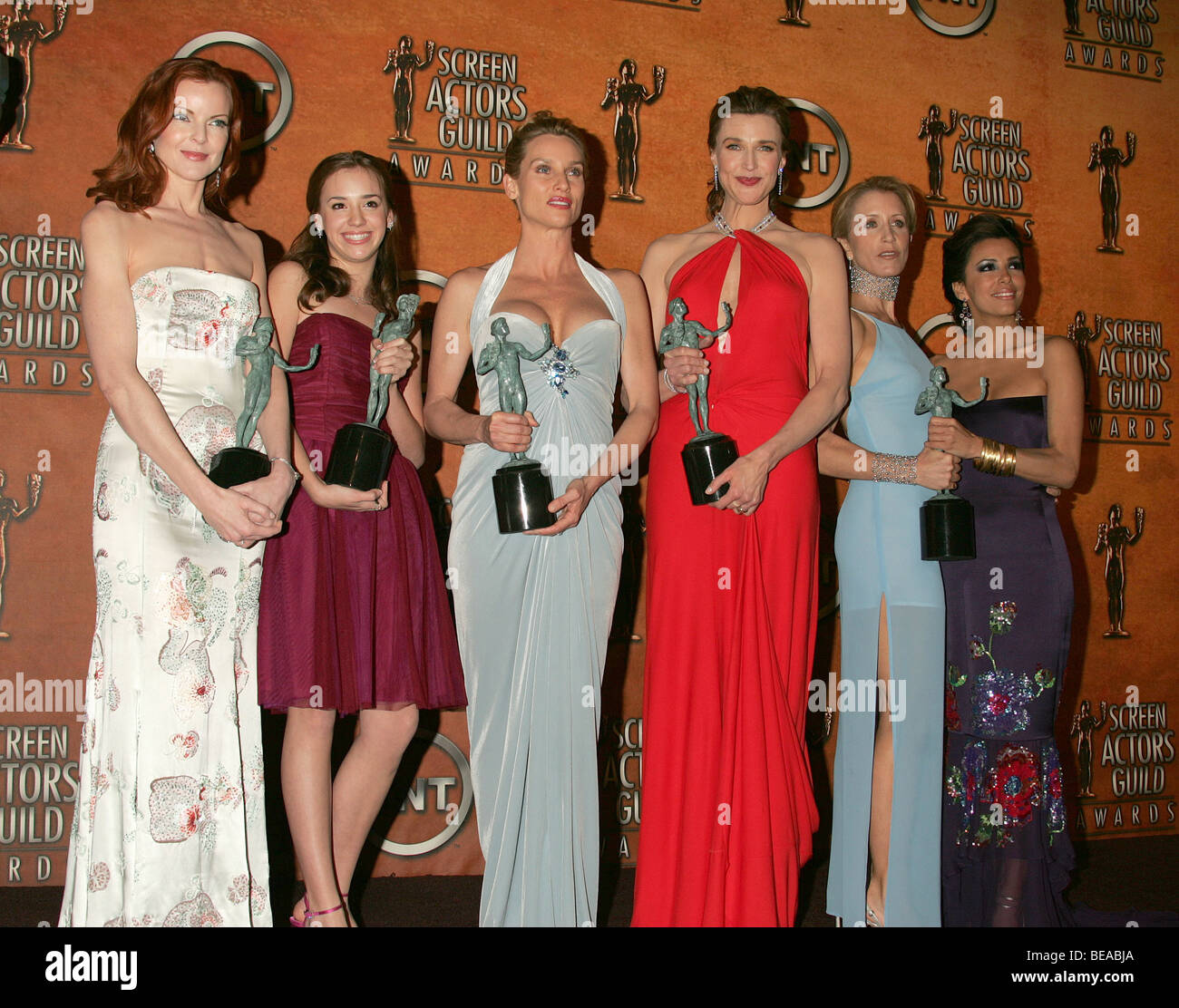 Desperate Housewives Cast Winners For Outstanding Ensemble In A Stock Photo Alamy Desperate housewives somehow stayed on the air until 2012 — and those few last years were not pretty, onscreen or off — but we prefer to remember the show as it was during. https www alamy com stock photo desperate housewives cast winners for outstanding ensemble in a comedy 26044210 html