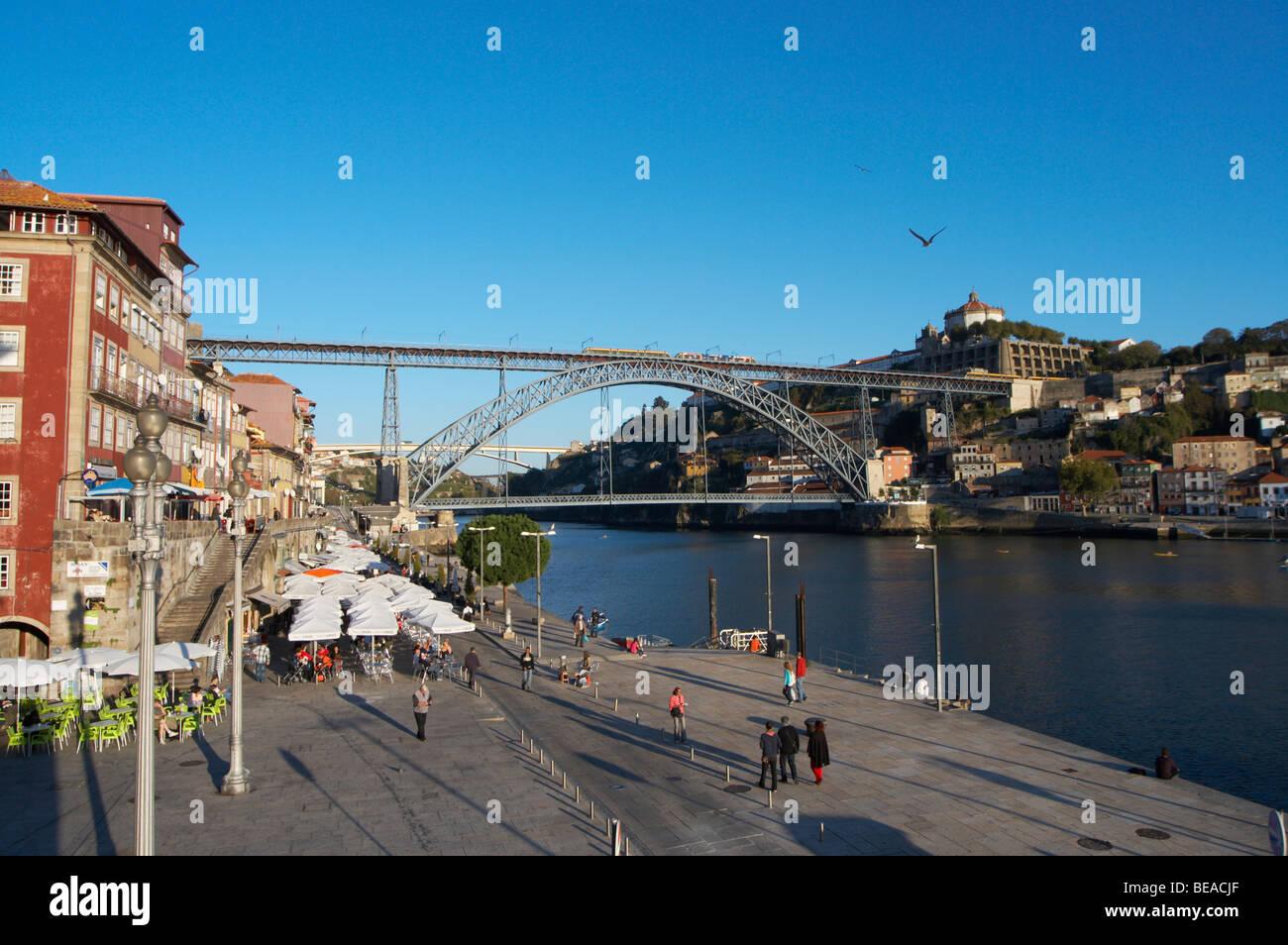 Dom Luis I bridge and Cais da Ribeira porto portugal - Stock Image