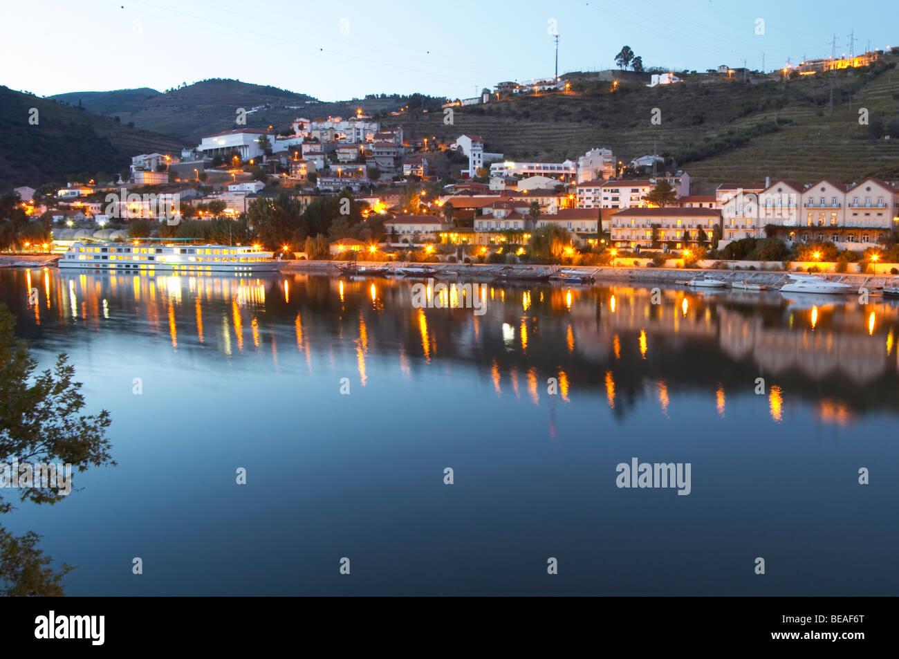 Pinhao town and douro river pinhao douro portugal - Stock Image