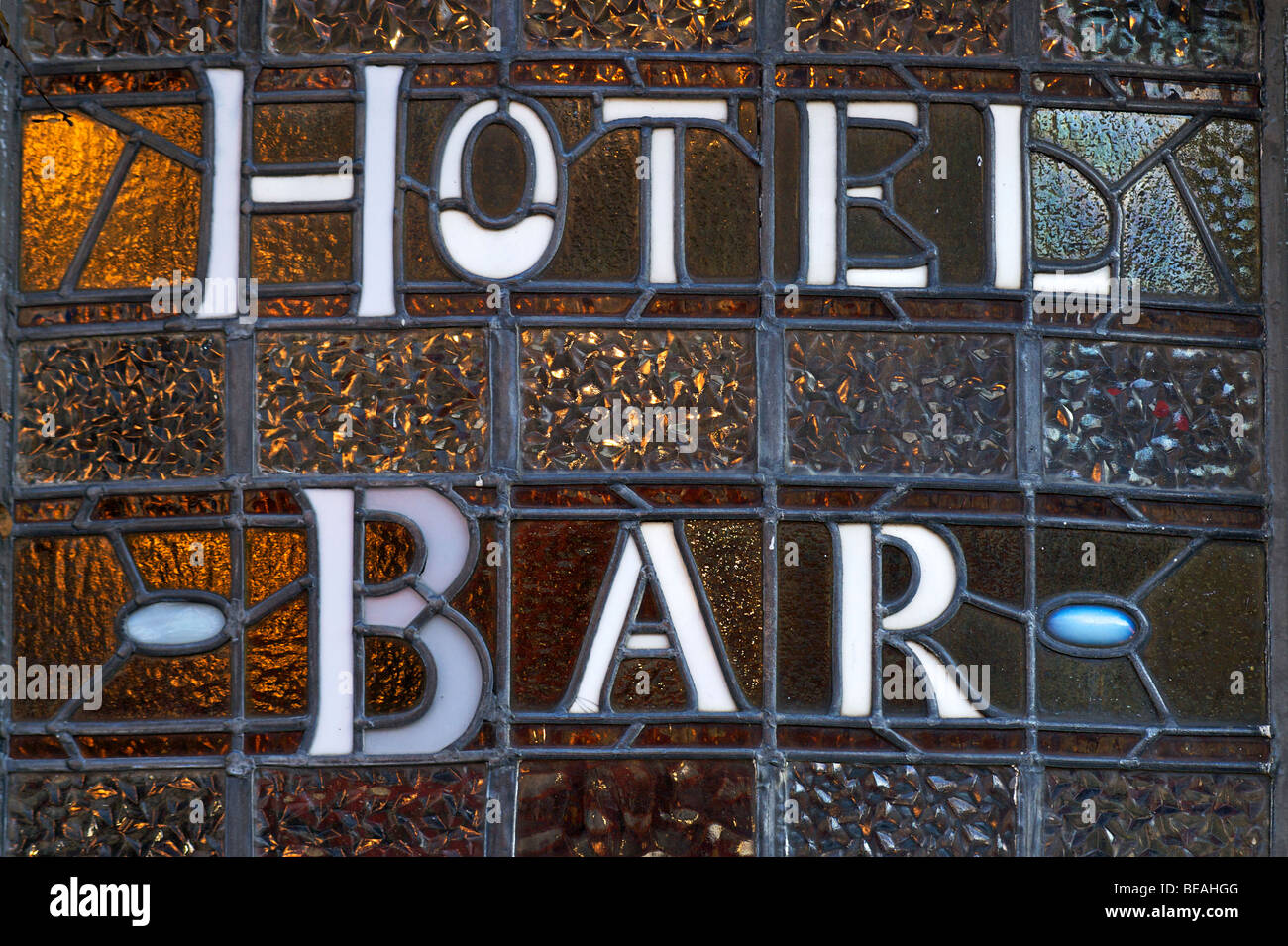HOTEL BAR. Leaded window sign, Brighton, England - Stock Image