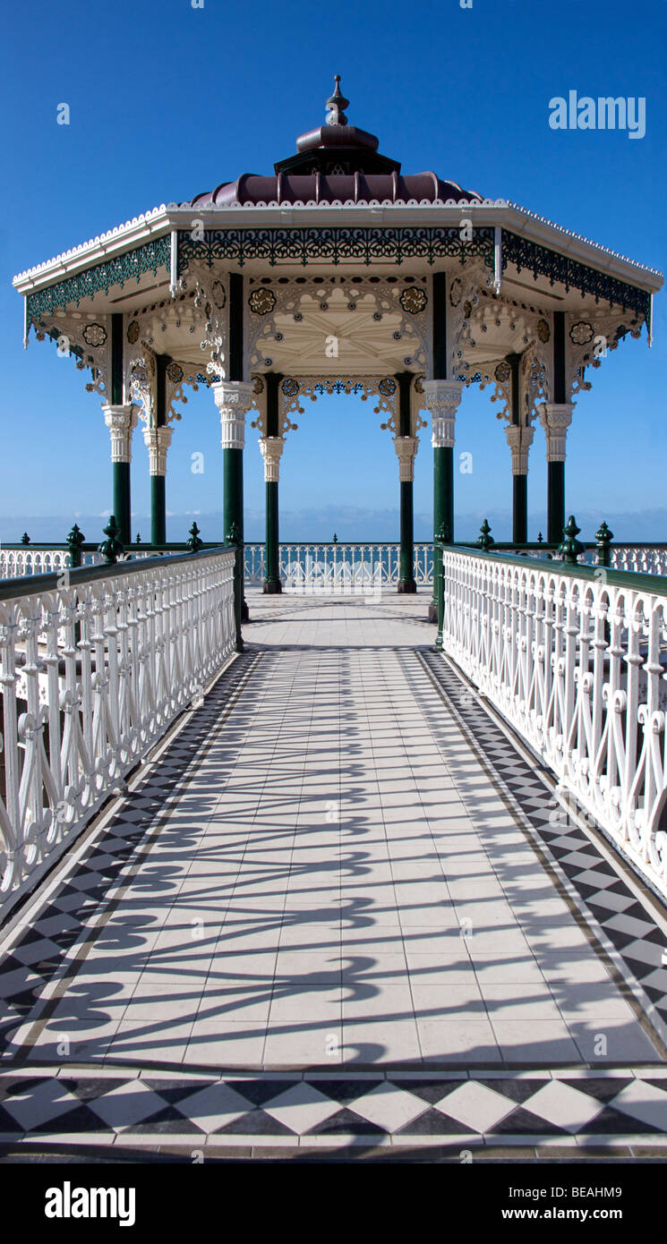 The Victorian bandstand on Brighton promenade. Built in 1884 and restored in 2009 - Stock Image