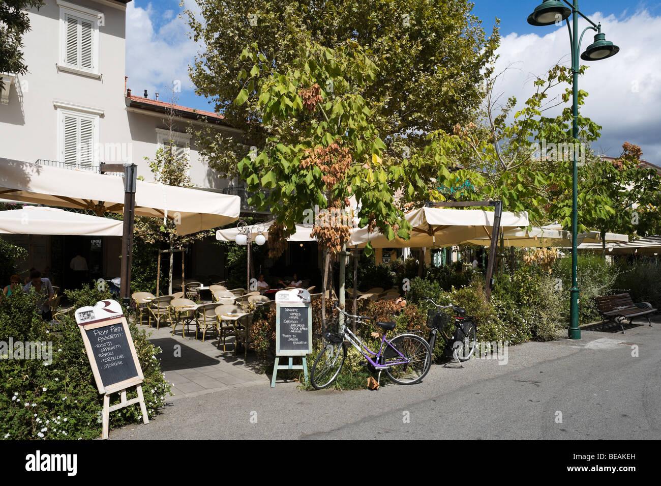 Menu board italian restaurant in stock photos & menu board italian