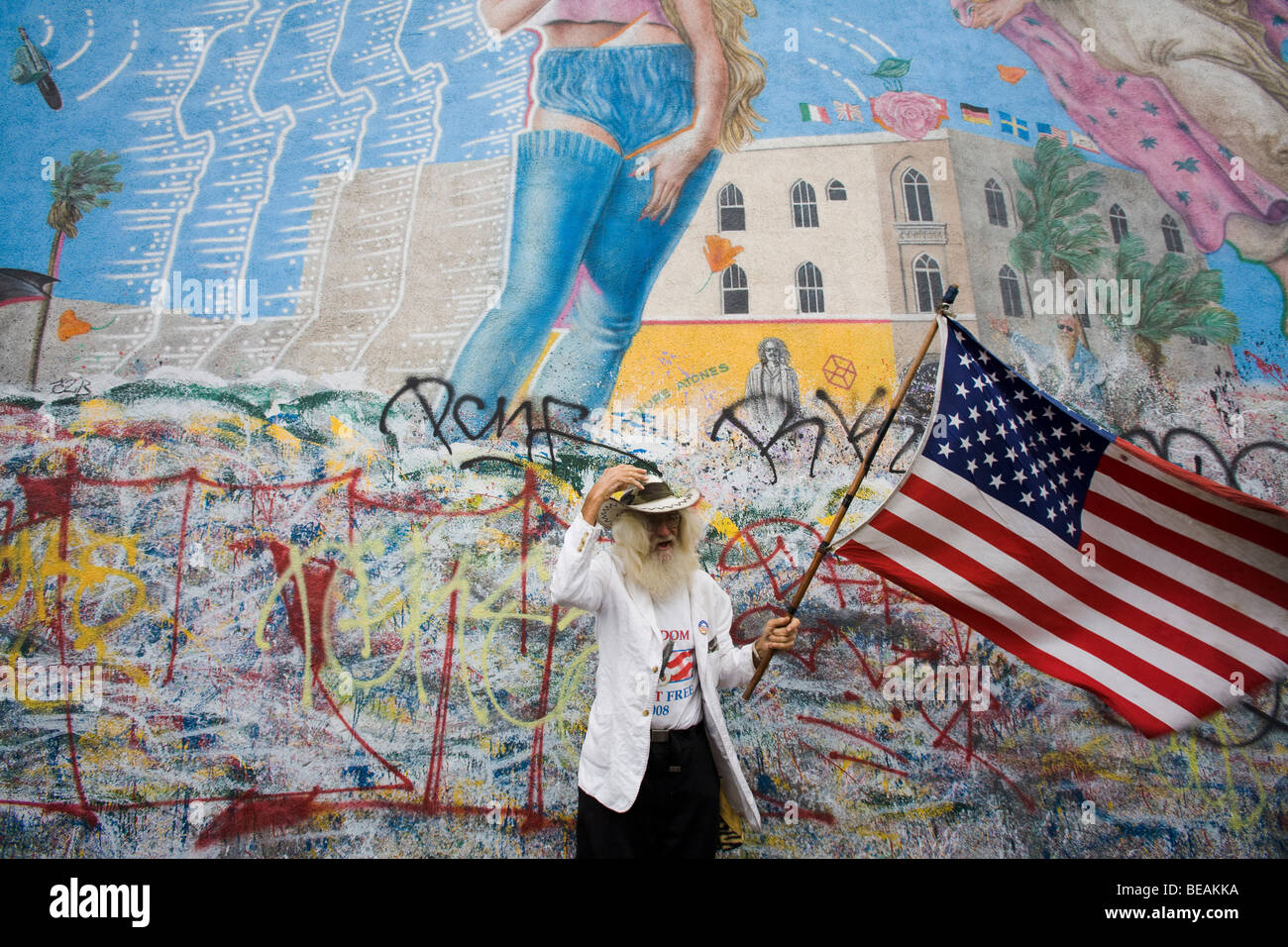 A patriotic resident of Venice Beach, Los Angeles County, California - Stock Image