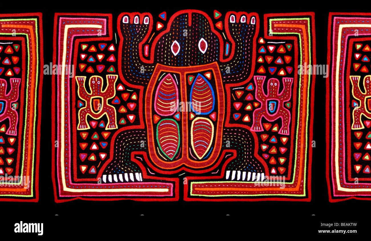 Appliqué decoration applied to blouses (Molas's) of the Kuna Indians, San Blas Islands, Panama. Animal - Stock Image