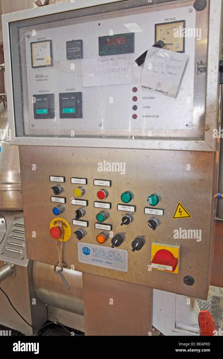 centrifugation unit control panel bodegas frutos villar, cigales spain castile and leon - Stock Image