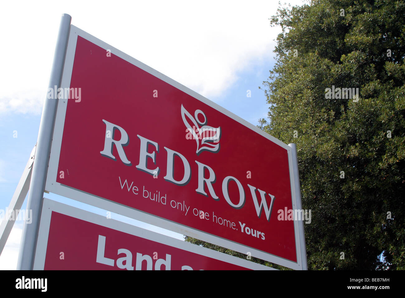 Redrow sign. Redrow is a property development company, based in England, UK - Stock Image