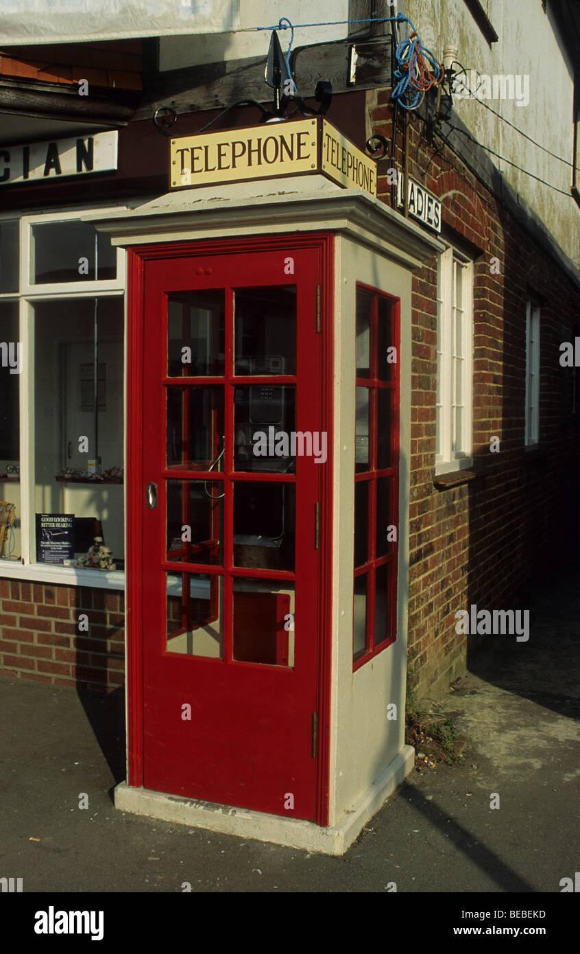 1920s K1 Telephone Box in Bembridge, Isle of Wight, Hampshire, England - Stock Image