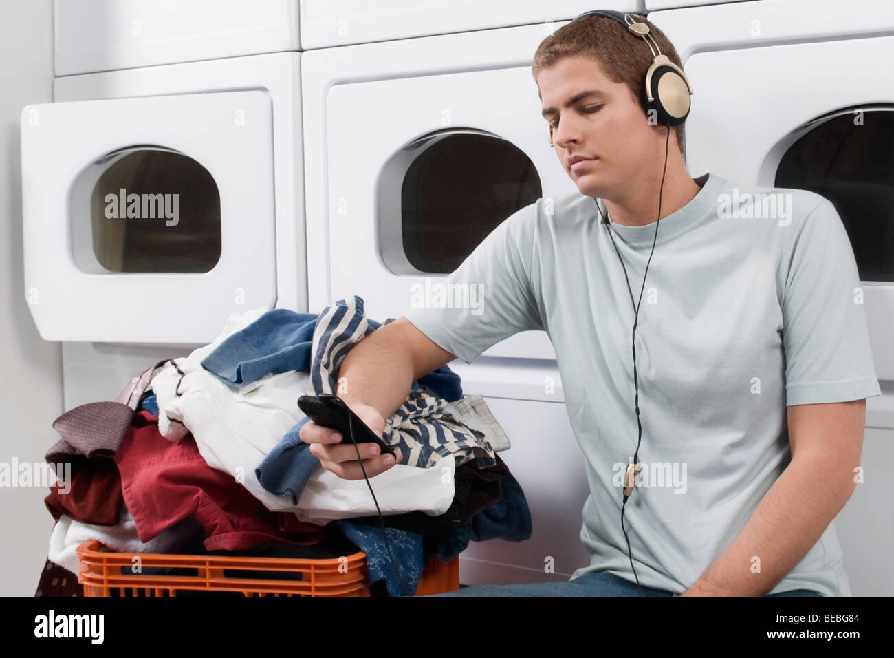 mp3 laundrette