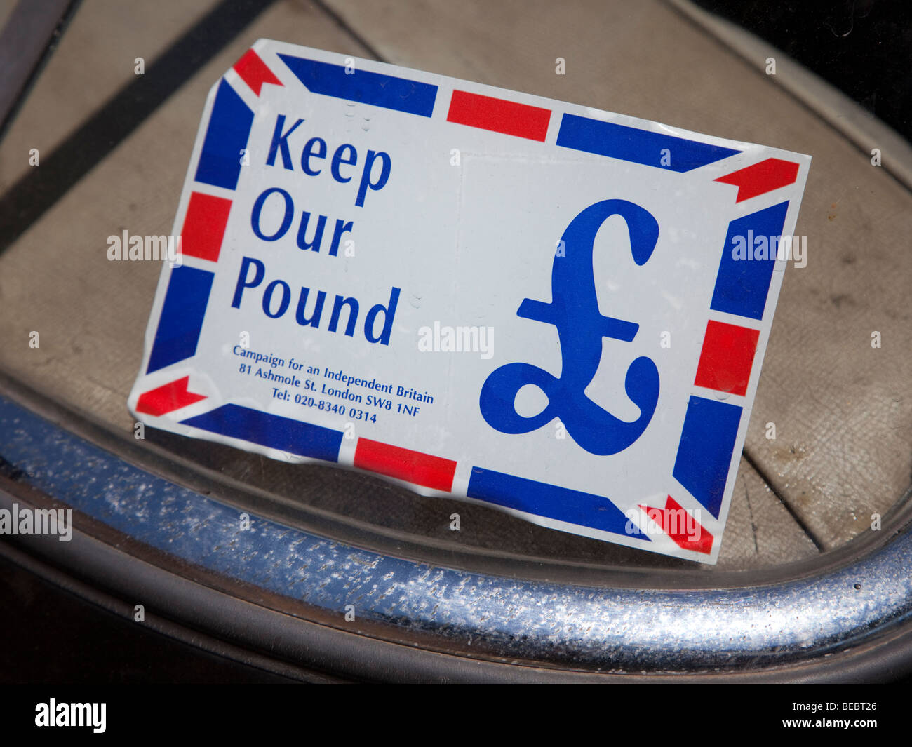 Keep our Pound campaign sticker in car windscreen England UK - Stock Image