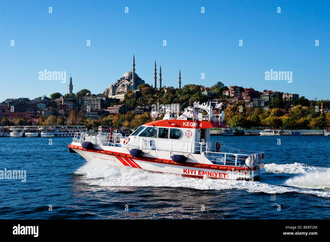 Turkish Directorate of Coastal Safety fast rescue boat on the Golden Horn section of the Bosphorus - Stock Image