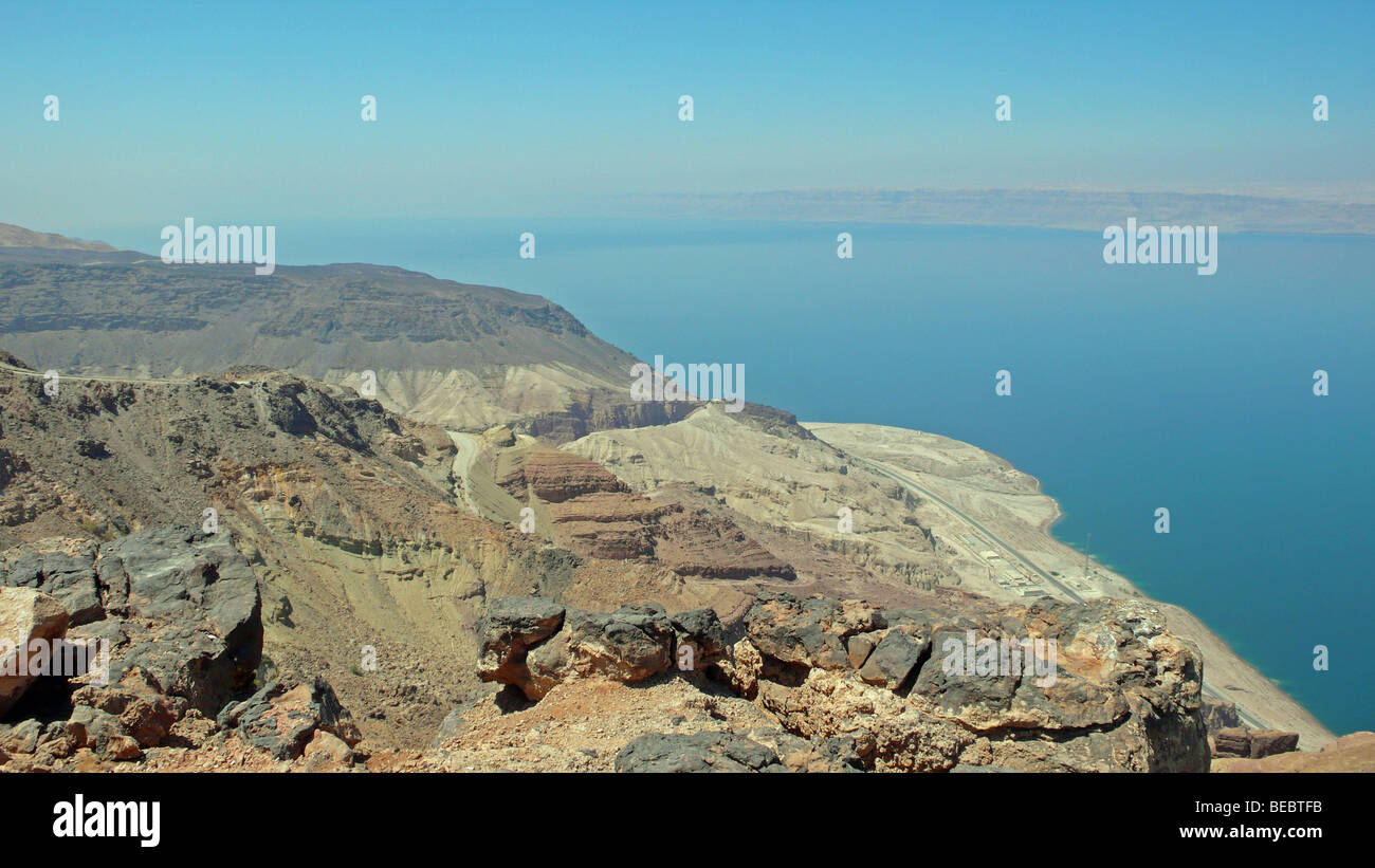 View across the Dead Sea basin from Jordan to Israel and the West Bank. The Dead Sea is the lowest point on earth at up to 430m below sea level. Stock Photo