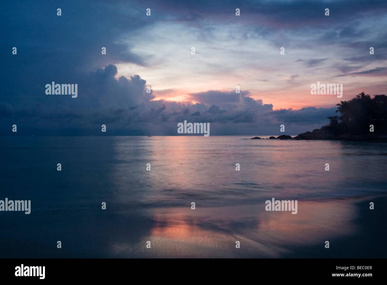 Beach at sunrise on Koh Samui, Thailand Stock Photo