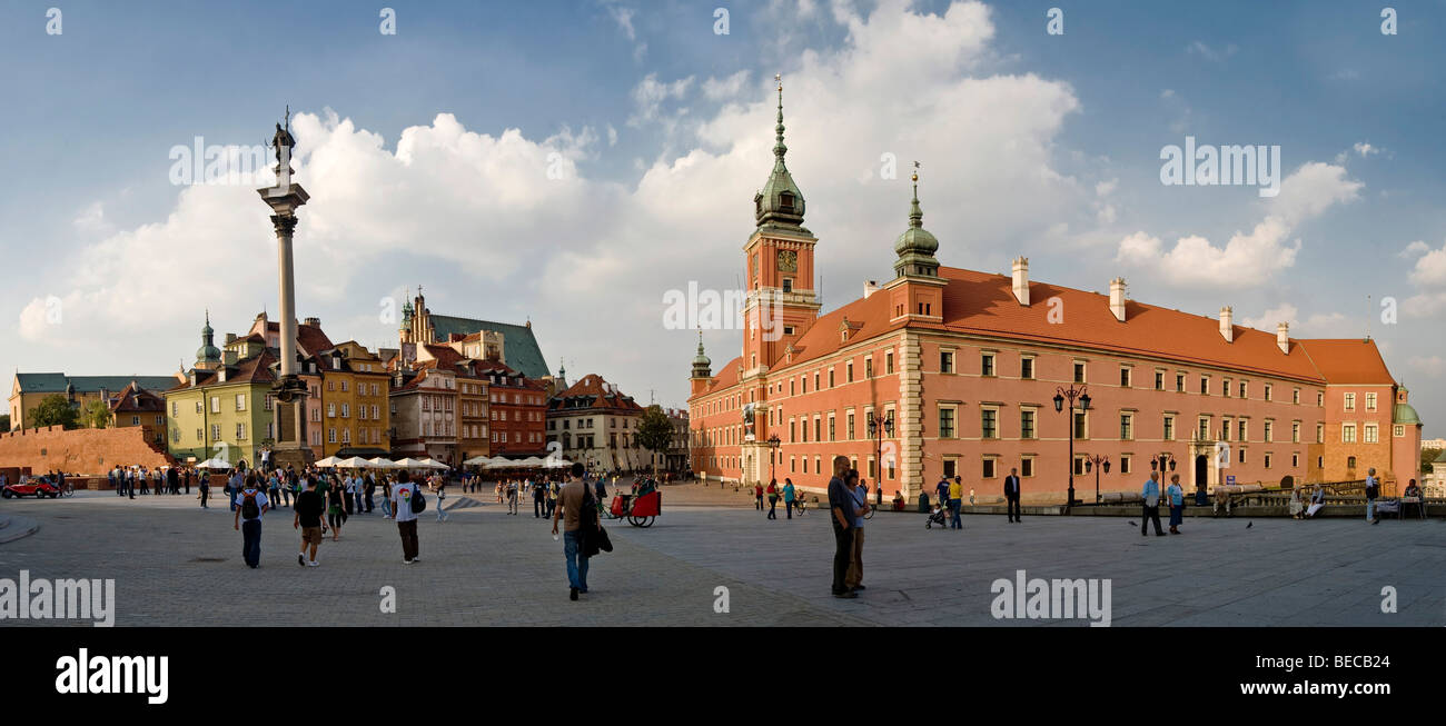 Palace square with Zygmunt's Column and Royal Castle, historic centre of Warsaw, Poland, Europe - Stock Image