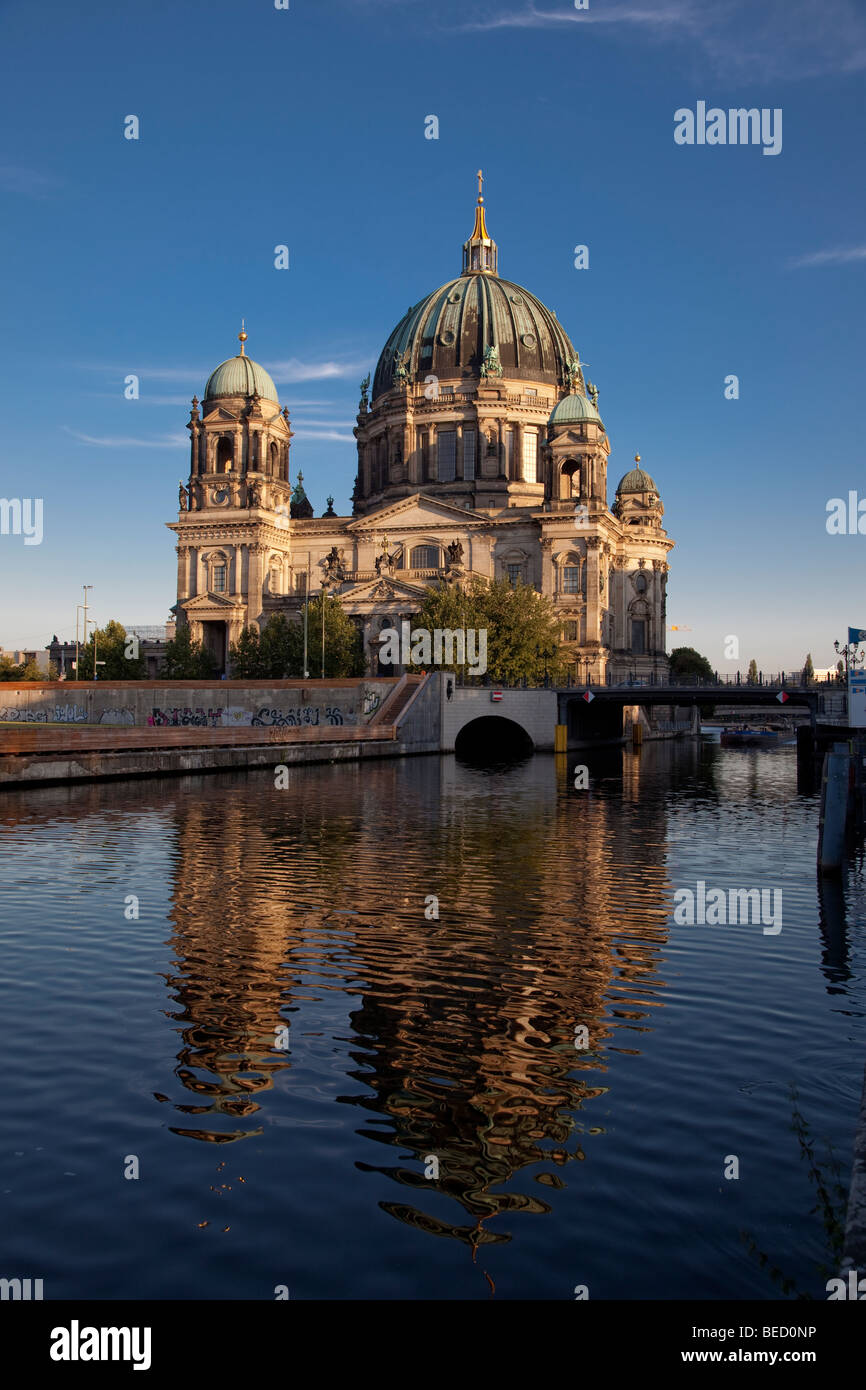 Berlin cathedral reflected in the River Spree - Stock Image