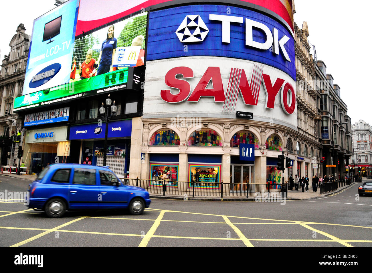Taxi at Picadilly Circus, London, England, Great Britain, Europe - Stock Image