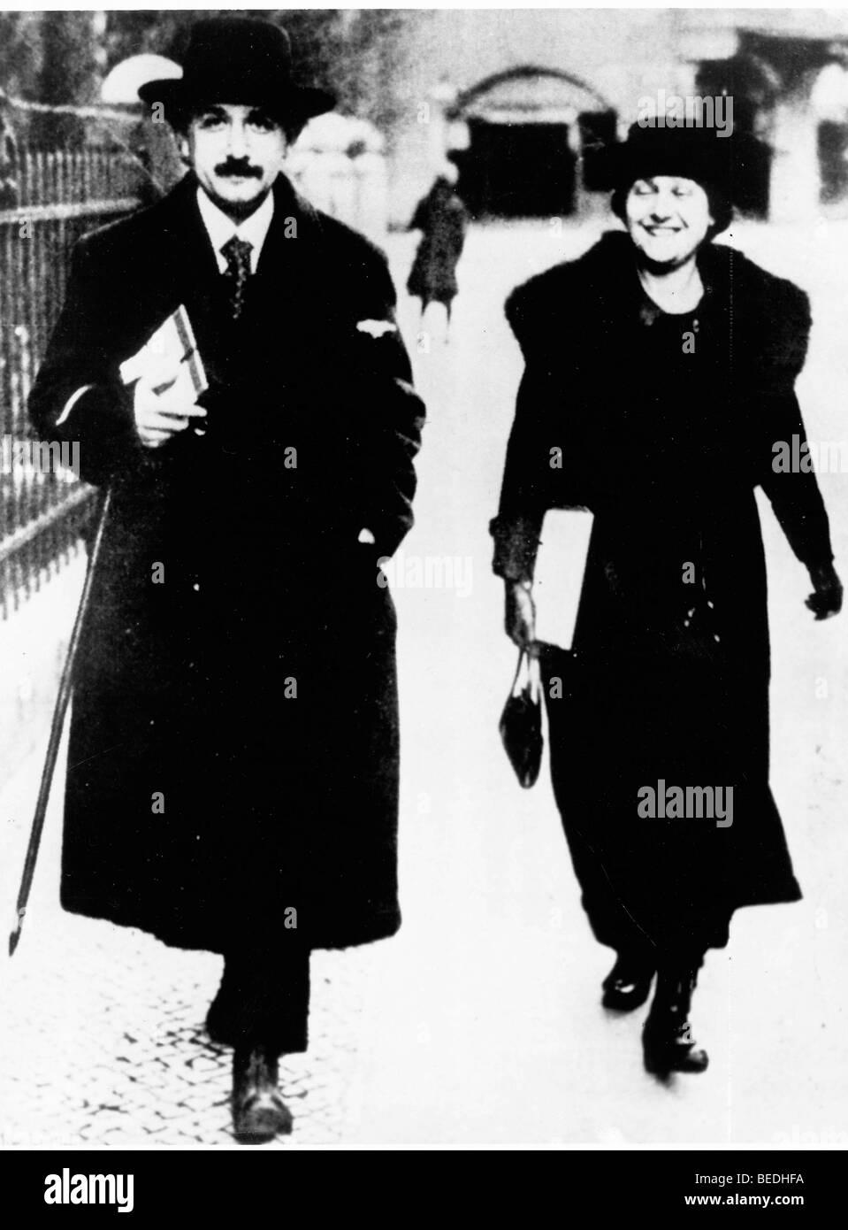 Professor Albert Einstein with his wife Elsa in Paris, France - Stock Image
